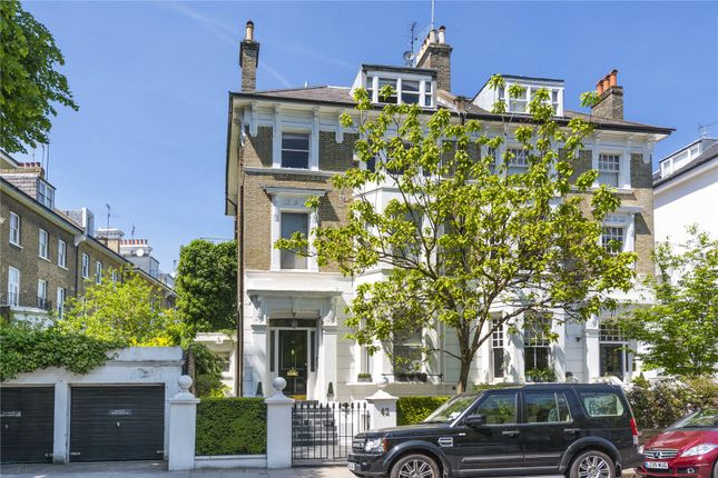 Thumbnail Property for sale in Tregunter Road, London