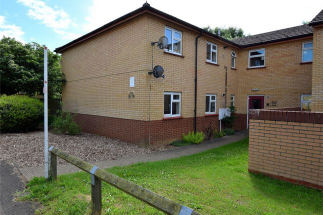 Thumbnail Flat to rent in Thames Road, Huntingdon, Cambridgeshire