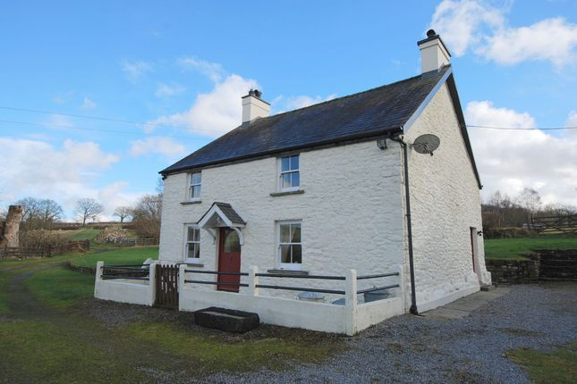 Thumbnail Farmhouse for sale in Llanddeusant, Llangadog