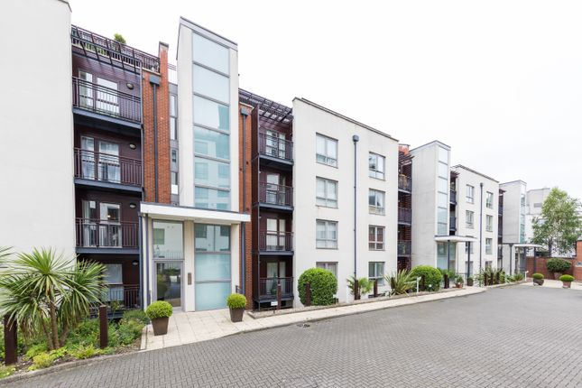 Thumbnail Flat for sale in City Point, Nottingham