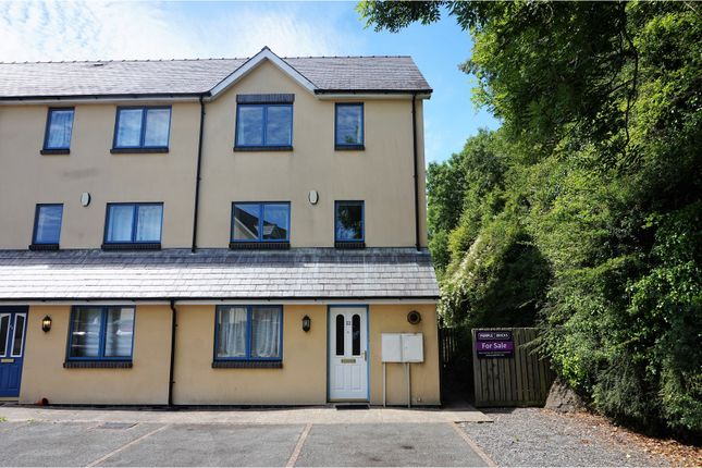 4 bed end terrace house for sale in Rocky Park, Pembroke