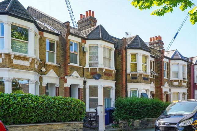 Thumbnail Detached house to rent in Newton Avenue, London