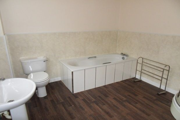 Thumbnail Property to rent in Jesmond Terrace, Whitley Bay