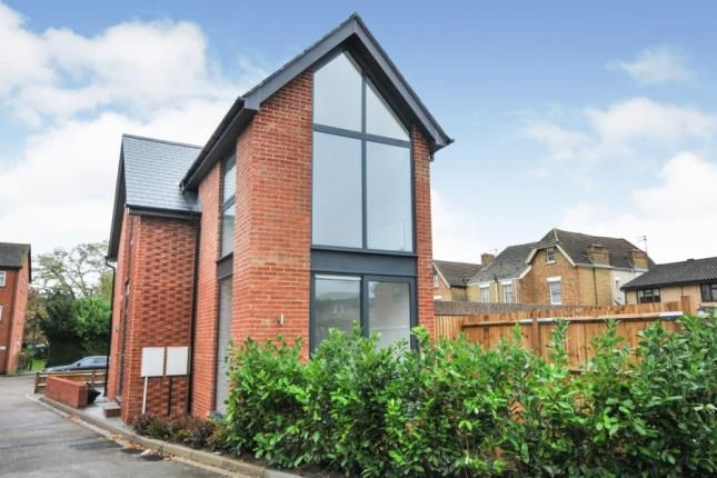 Thumbnail Detached house for sale in Fernleigh Close, 21 Fernleigh Close, Croydon