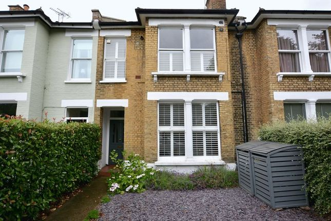 1 bed flat for sale in Garden Flat, Kingston Road, Teddington