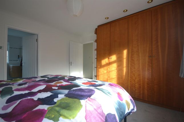 Bed 1  of Windmill Close, Epsom KT17