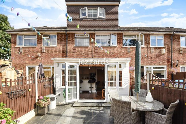 Thumbnail Property for sale in Becketts Close, Feltham