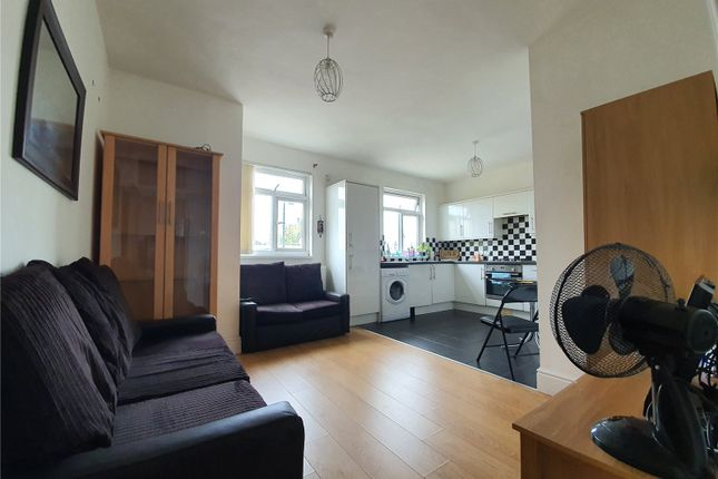Thumbnail Flat to rent in Coldharbour House, 106-126 Coldharbour Lane, Hayes, Middlesex