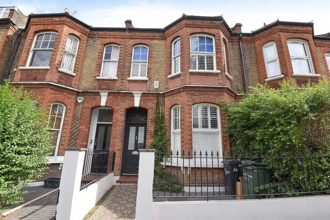 Thumbnail Property to rent in Thorncliffe Road, London
