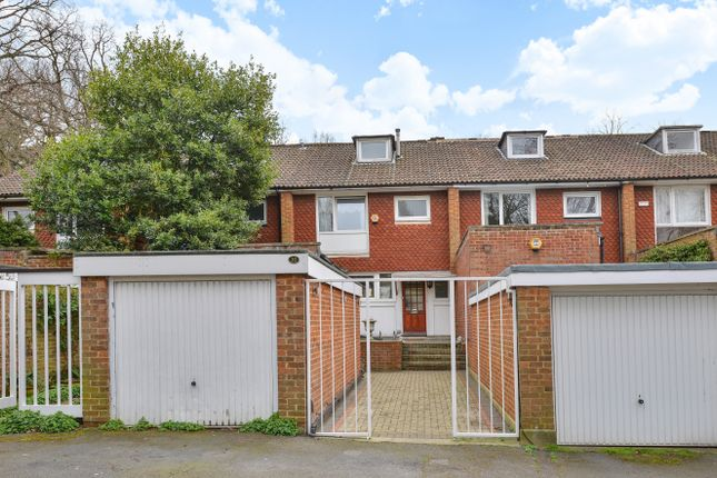 Thumbnail Town house for sale in Tylney Avenue, London