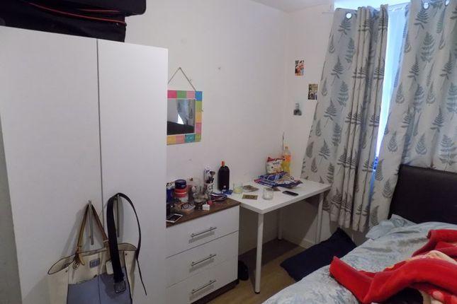 Pod Bedroom of Sunbridge Road, Bradford BD1