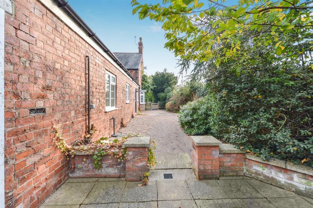 Side Garden of High Street, Sturton By Stow, Lincoln LN1