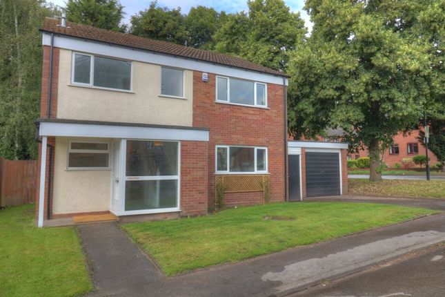 Photo 2 of Rees Drive, Wombourne, Wolverhampton WV5