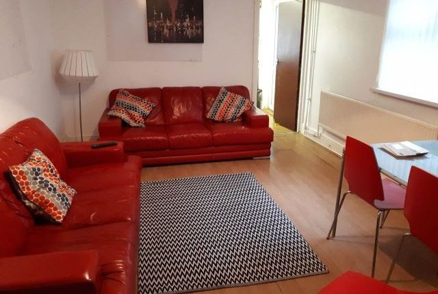 Thumbnail Property to rent in Miskin Street, Cardiff