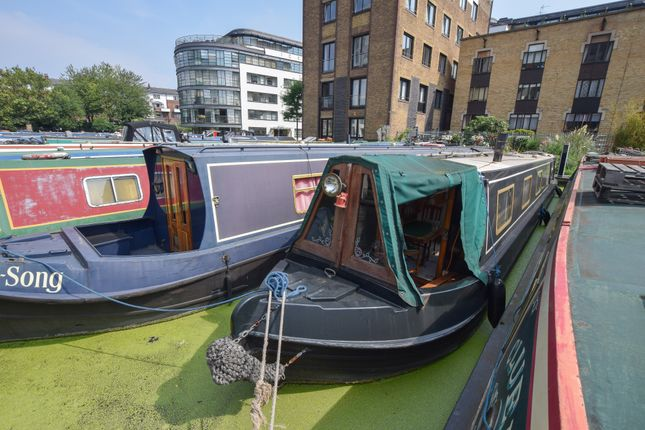 Thumbnail Houseboat for sale in Narrow Escape, Kings Cross