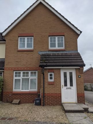 3 bed semi-detached house to rent in Carn Y Ebol, Barry CF63