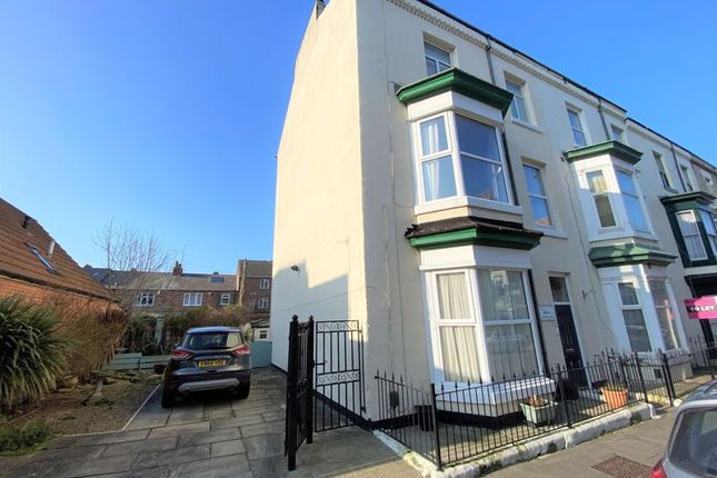 Thumbnail Town house for sale in Pearl Street, Saltburn-By-The-Sea