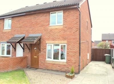 3 bed semi-detached house to rent in Beckbridge Way, Normanton