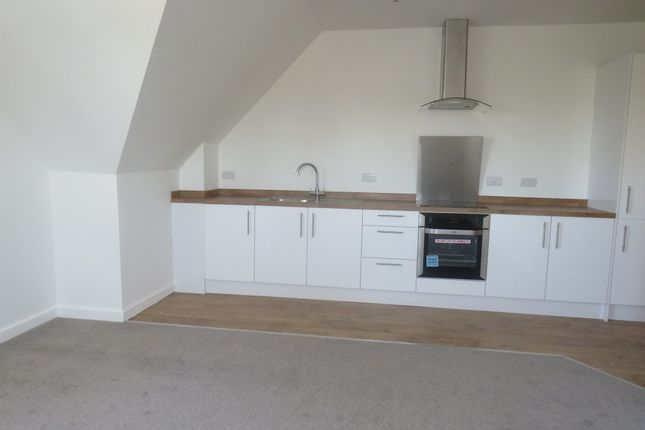 Thumbnail Flat for sale in Speedwell Road, Kingswood, Bristol