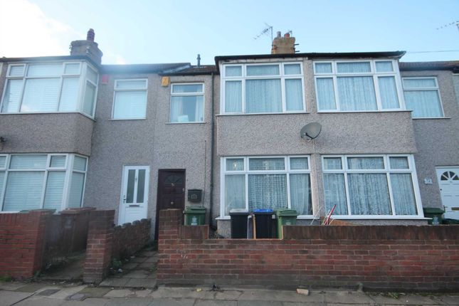 Thumbnail Property for sale in Hurst Road, Northumberland Heath, Erith