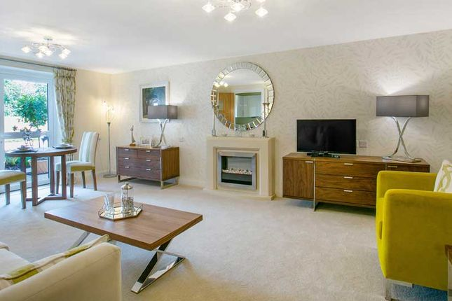Thumbnail Flat for sale in 345 Reading Road, Henley-On-Thames