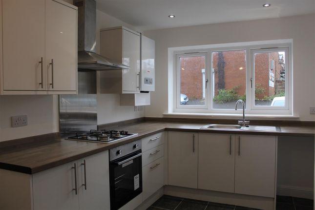 Thumbnail Semi-detached house to rent in Tunwell Street, Eccleshill, Bradford