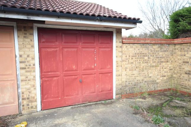 Photo 1 of Brimfield Close, Luton LU2