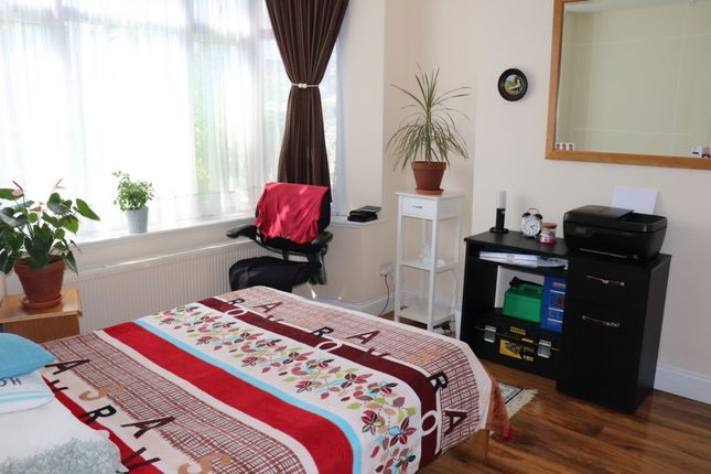 Thumbnail Terraced house to rent in Coledale Drive, Stanmore