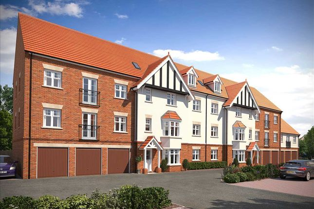 Thumbnail Flat for sale in Albany Court, Leigh-On-Sea