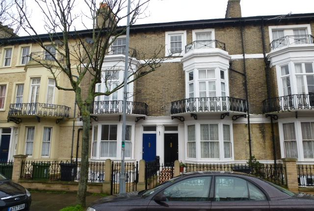 Thumbnail Town house to rent in Camperdown, Great Yarmouth