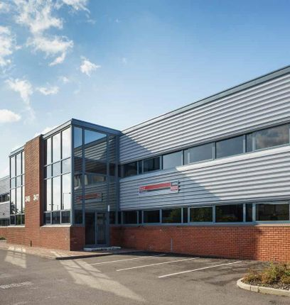Industrial to let in 345 Edinburgh Avenue, Slough Trading Estate