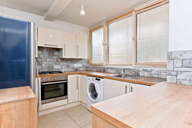 Thumbnail Flat to rent in Russett Way, Lewisham