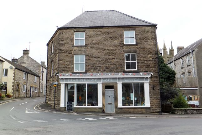 Thumbnail Restaurant/cafe for sale in Tideswell, Buxton