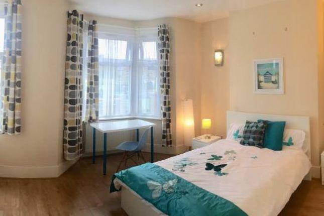 Room to rent in Rathfern Road, London SE6