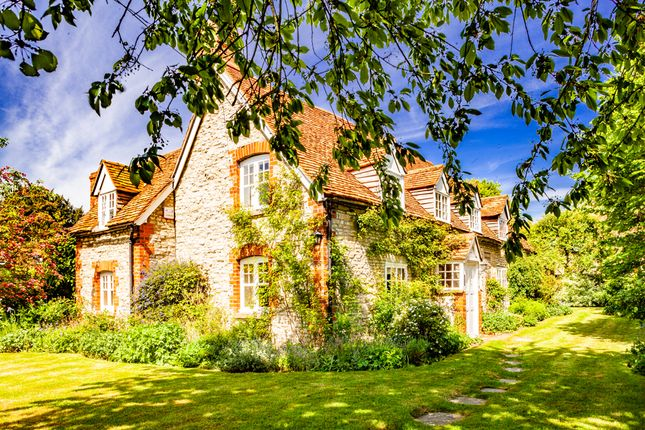 Thumbnail Detached house for sale in Clay Farm Cottage, Warborough
