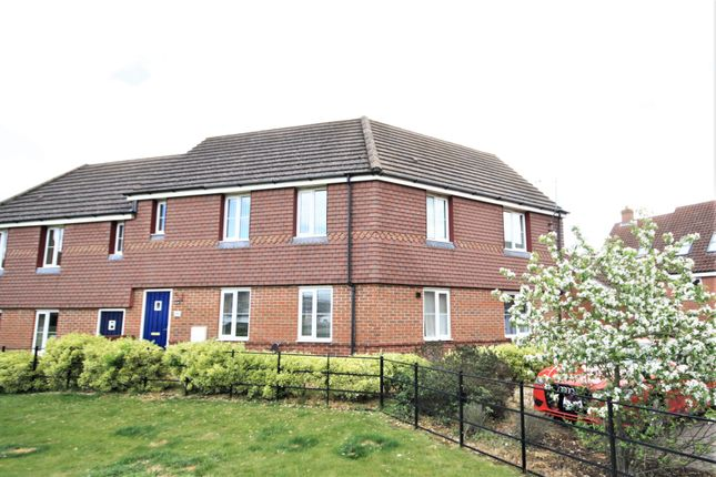 2 bed flat to rent in Poethlyn Drive, Queens Hills, Norwich NR8