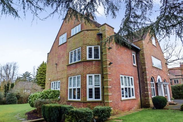 Thumbnail Detached house for sale in Park Road, Hale