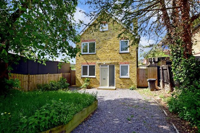 Thumbnail Detached house for sale in Bower Hill, Epping, Essex