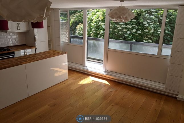1 bed flat to rent in Sidney Street, London E1