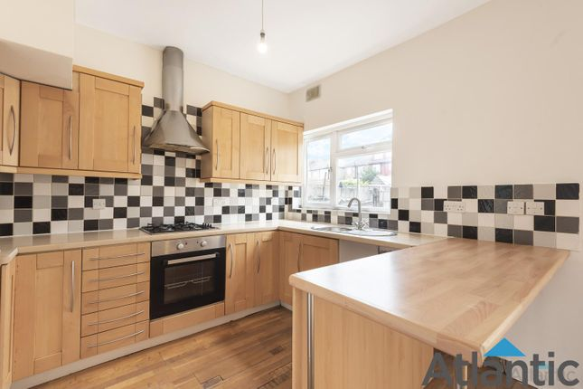 Thumbnail Terraced house for sale in Hall Lane, London