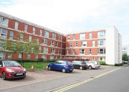Thumbnail Flat to rent in Hanson Park, Glasgow