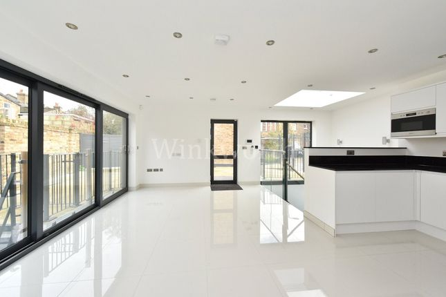 Thumbnail Property for sale in Grove Park Road, Seven Sisters, London