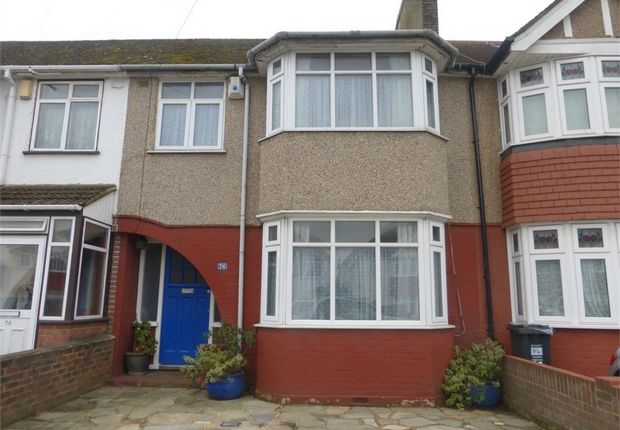 Thumbnail Terraced house for sale in Amhurst Gardens, Isleworth, Middlesex
