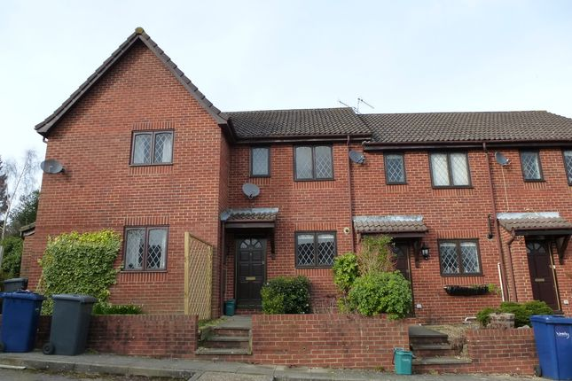 Thumbnail Terraced house to rent in Mill Close, Haslemere