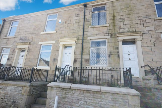 3 bed terraced house to rent in Harwood Street, Sunnyhurst, Darwen