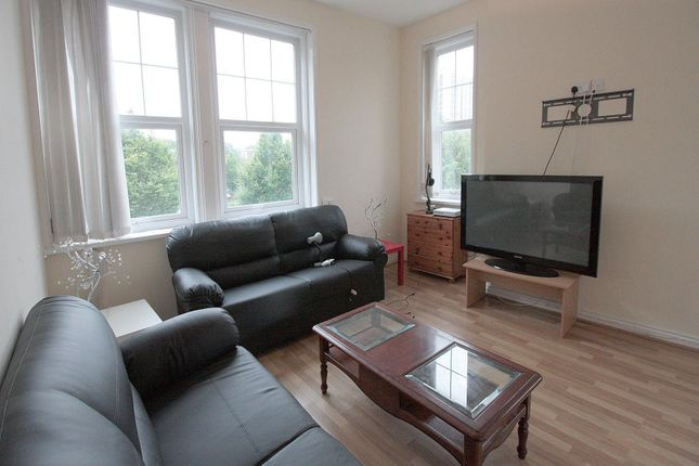 Thumbnail Property to rent in Wretham Place, Sandyford, Newcastle Upon Tyne