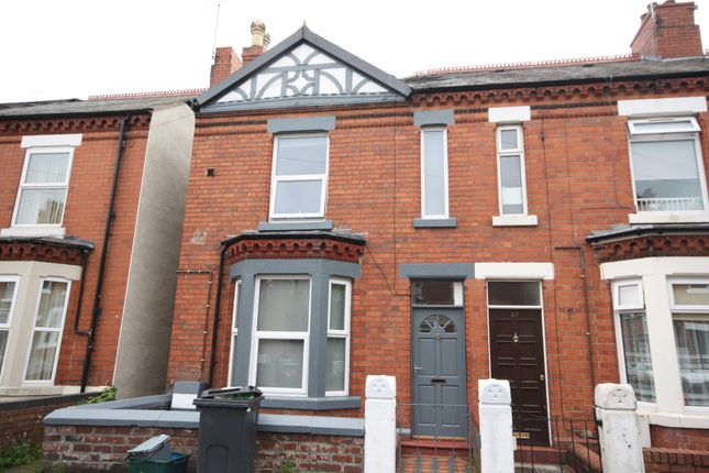 Thumbnail Room to rent in Alexandra Road, Wrexham