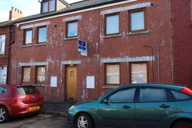 Thumbnail Flat for sale in Richview Street, Belfast