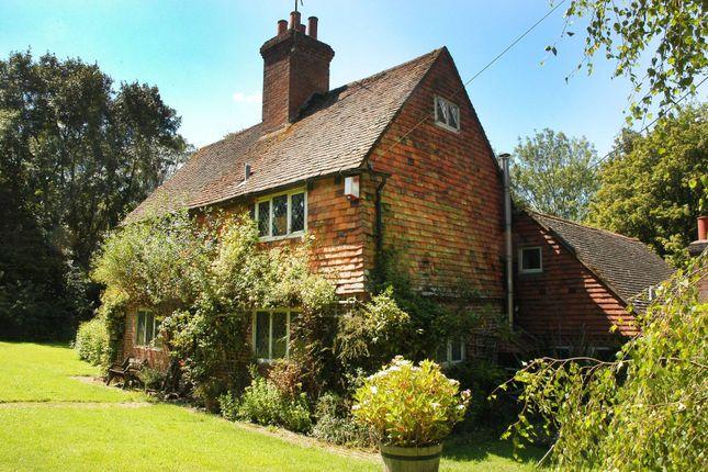 Thumbnail Cottage to rent in Killinghurst Park, Haslemere