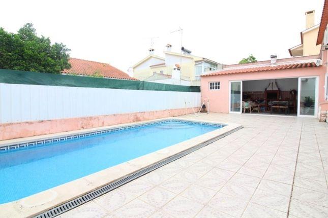 Thumbnail Detached house for sale in Pinhal De Frades, Fernão Ferro, Seixal